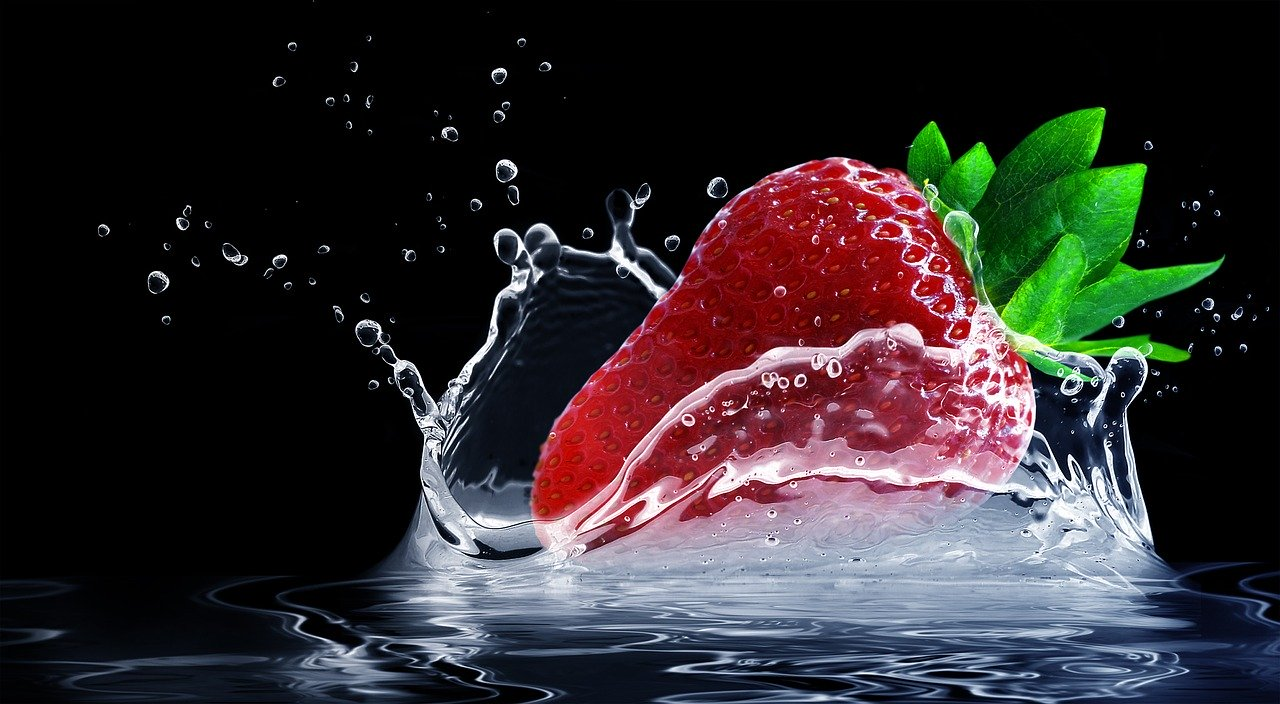 strawberry, water splashes, splash